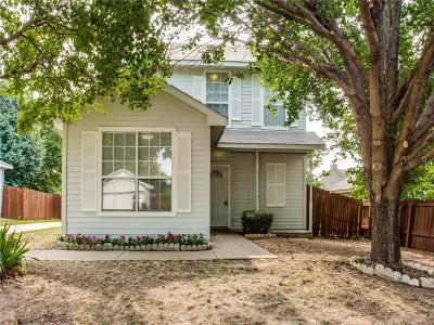 Denton Single Family Home For Sale: 708 Pace Drive