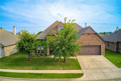 Denton County Single Family Home For Sale: 438 Goodnight Trail