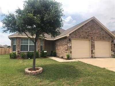 Waxahachie Single Family Home For Sale: 207 Colt Drive