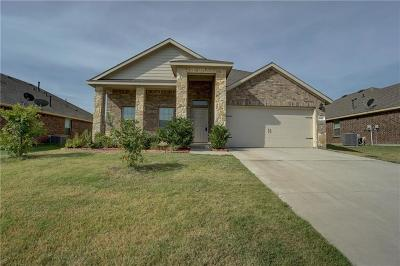 Waxahachie Single Family Home For Sale: 223 Thoroughbred Street