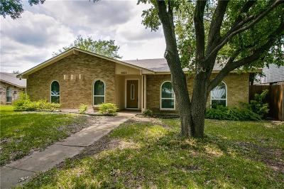 Dallas Single Family Home For Sale: 8605 Grumman Drive