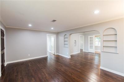 Dallas Single Family Home For Sale: 5832 Anita Street