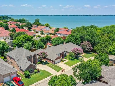 Rockwall Single Family Home For Sale: 685 Channel Ridge Drive