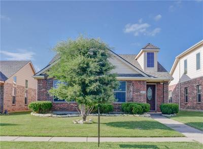 Cross Roads TX Single Family Home For Sale: $200,000