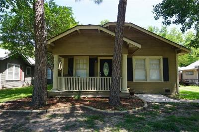 Sherman Single Family Home For Sale: 907 W College Street