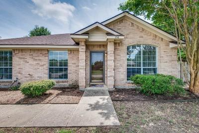 Midlothian Single Family Home For Sale: 750 Hill Meadow Drive