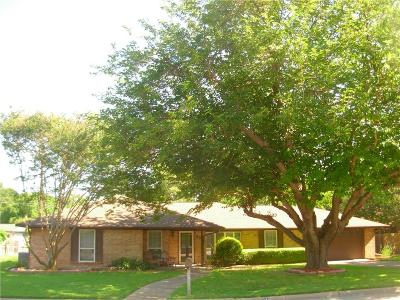 Benbrook Single Family Home For Sale: 1705 Timbercreek Road