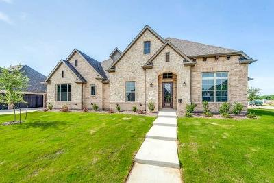 Keller Single Family Home For Sale: 512 Llano Court