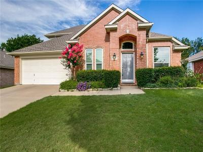 Keller Single Family Home For Sale: 1404 Carriage Lane
