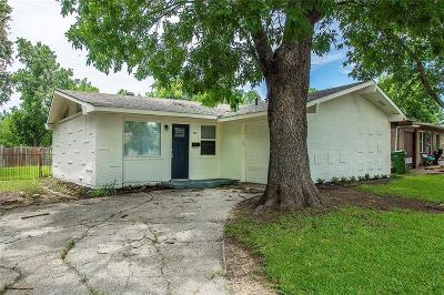 Garland Single Family Home For Sale: 509 Hardy Drive