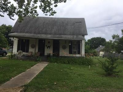 Farmersville Single Family Home For Sale: 421 N Main Street