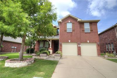 Lewisville Residential Lease For Lease: 704 Clear Water Drive