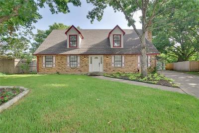 Arlington Single Family Home For Sale: 3927 Twin Creek Drive