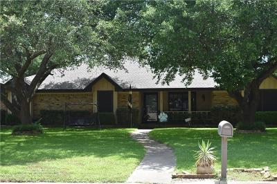 Cleburne TX Single Family Home For Sale: $279,000