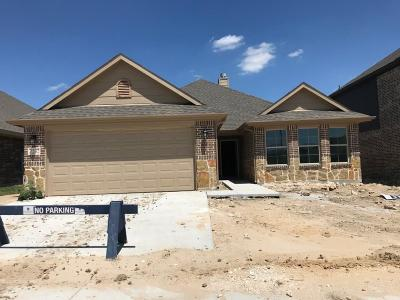 Fort Worth Single Family Home For Sale: 7232 Navoti Drive