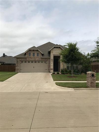 Waxahachie Single Family Home For Sale: 335 Bessie Coleman Boulevard