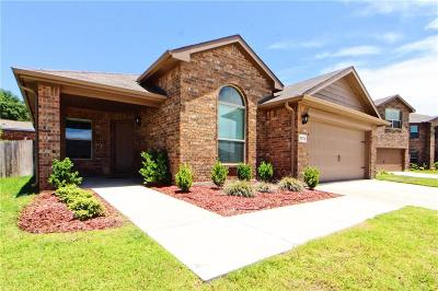 Azle Single Family Home For Sale: 1373 Briarwood Drive