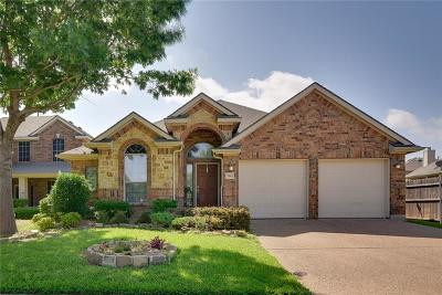 Grand Prairie Single Family Home For Sale: 2643 Cove Drive