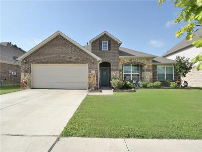 Fort Worth Single Family Home For Sale: 2132 Red Brangus Trail