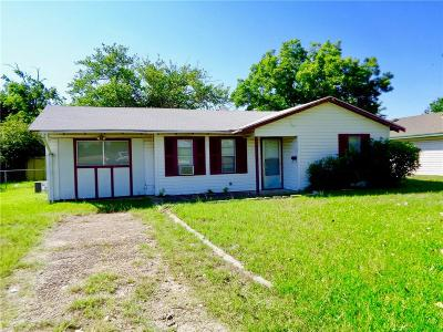Terrell Residential Lease For Lease: 1116 San Jacinto Street