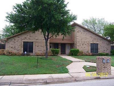 Grapevine Residential Lease For Lease: 341 Dogwood Drive