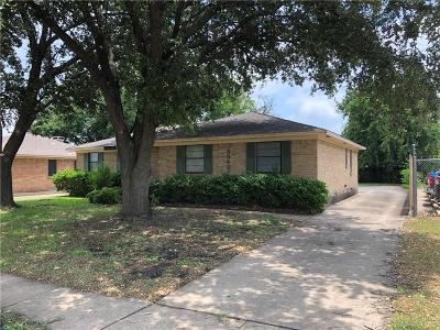 Dallas Single Family Home For Sale: 3040 Green Meadow Drive