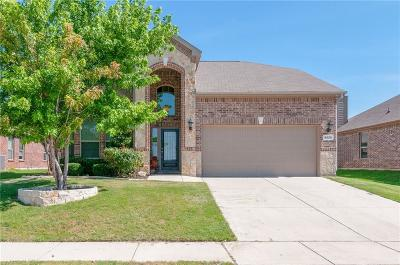 Tarrant County Single Family Home For Sale: 5825 Haven Lake Way