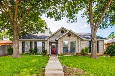Lewisville Single Family Home Active Option Contract: 827 Blue Oak Drive