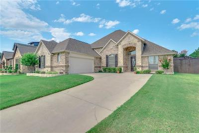 Mansfield Single Family Home For Sale: 1105 Greenhill Trail