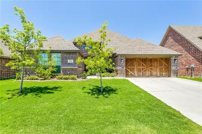 Aledo Single Family Home For Sale: 433 Sagebrush Drive