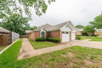 North Richland Hills Residential Lease For Lease: 9261 Meandering Drive
