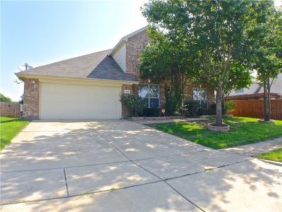 Grand Prairie Single Family Home For Sale: 1208 Fleetwood Cove Drive
