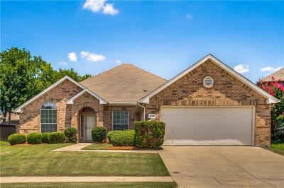 Grand Prairie Single Family Home For Sale: 5840 Silver Sage Lane