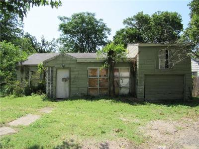 Single Family Home For Sale: 2626 Kimsey Drive