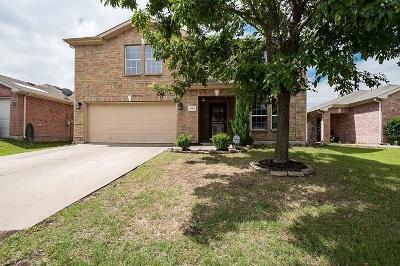 Little Elm Single Family Home For Sale: 2084 Royal Acres Trail