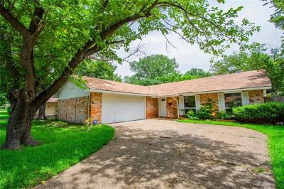Garland Single Family Home For Sale: 922 Ravencroft Drive