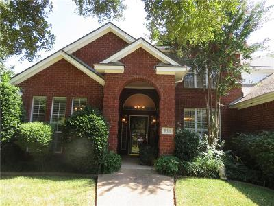 Cleburne Single Family Home For Sale: 911 N Hemphill Drive