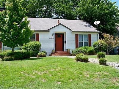Lake Highlands Single Family Home For Sale: 9527 Biscayne Boulevard