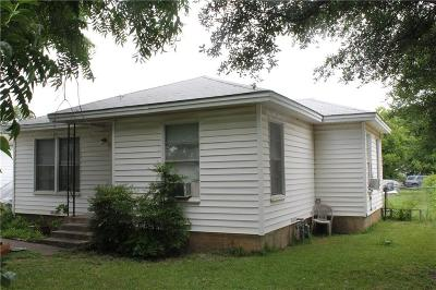 Grand Prairie Single Family Home For Sale: 722 S Center Street
