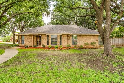 Benbrook Single Family Home For Sale: 4201 Lake Vista Drive