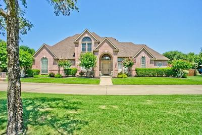 Single Family Home For Sale: 409 Southridge Lakes Parkway