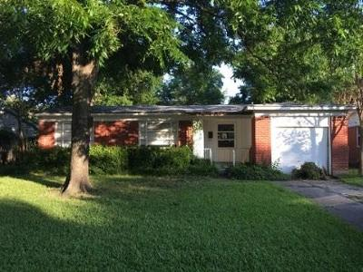 Dallas Residential Lease For Lease: 10730 Ruth Ann Drive