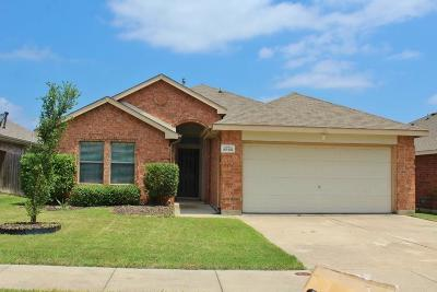 Dallas County, Denton County, Collin County, Cooke County, Grayson County, Jack County, Johnson County, Palo Pinto County, Parker County, Tarrant County, Wise County Single Family Home For Sale: 9860 Autumn Sage Drive