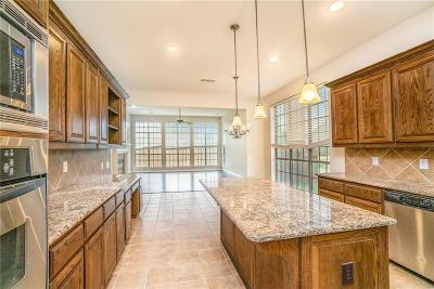 Grand Prairie Single Family Home For Sale: 3059 Rosina
