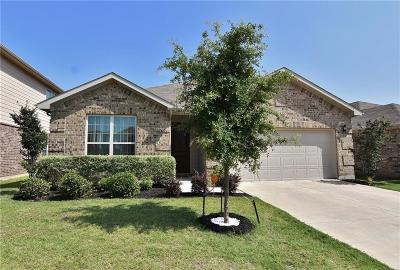 Fort Worth Single Family Home For Sale: 3057 Wakecrest Drive