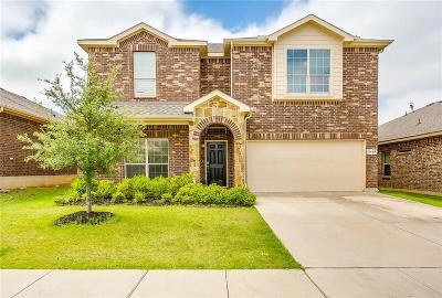 Fort Worth Single Family Home For Sale: 3928 Cloud Cover Road