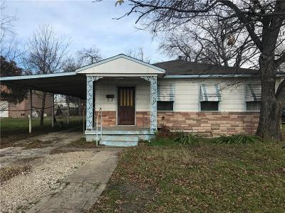 Grand Prairie Single Family Home For Sale: 1918 Dallas Street
