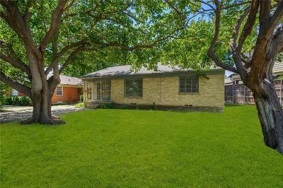 Dallas County Half Duplex For Sale: 3529 N Versailles