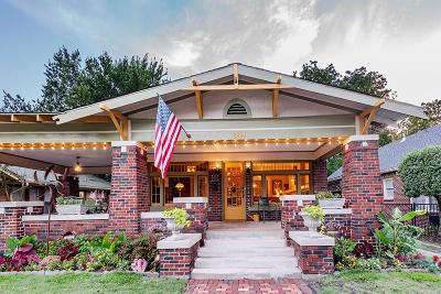 Tarrant County Single Family Home For Sale: 2224 5th Avenue