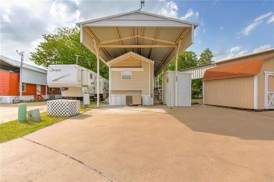 Parker County, Tarrant County, Hood County, Wise County Single Family Home For Sale: 527 Brazos Harbor